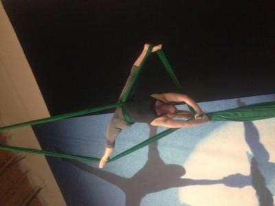 Sadie Ismay - Aerialist / Acrobat