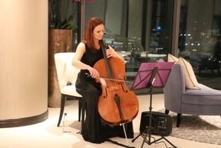 SoloCello EmilyMitchell - Cellist