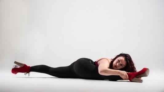 Kathleen Doherty - Aerialist / Acrobat