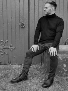 Dan Hadfield as Gary Barlow - Other Tribute Act