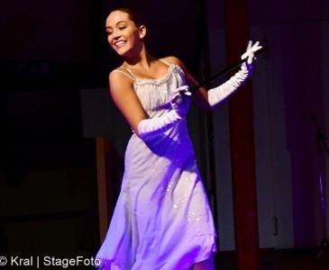 Alexandra Lee - Female Dancer