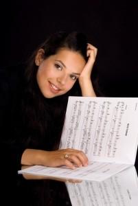 Denise Lutgens - Pianist / Keyboardist