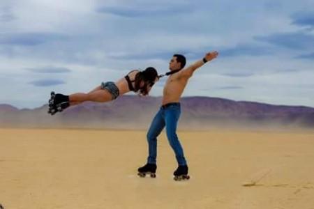 Roller Skates Act.  - Aerialist / Acrobat