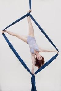 Molly Whitehouse - Aerialist / Acrobat