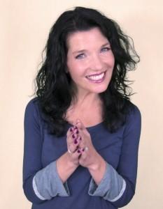 Julie-Anne Shapiro - Female Singer