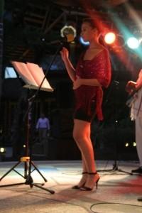 Natalie Yon - Female Singer