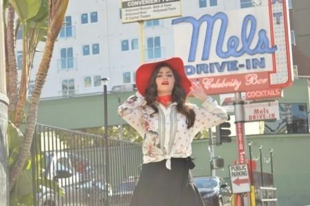 Independent singer - Female Singer