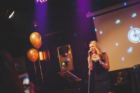Olivia - Female Singer