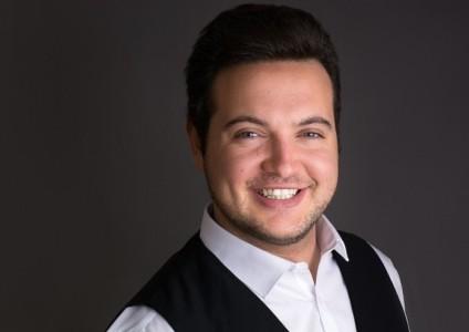 Keegan featherstone - Male Singer