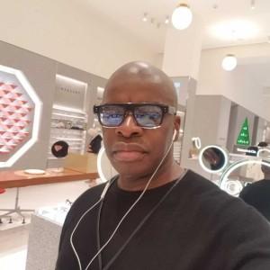 DJ Jubril B - Nightclub DJ