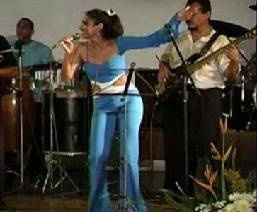 Ana Martins - Female Singer