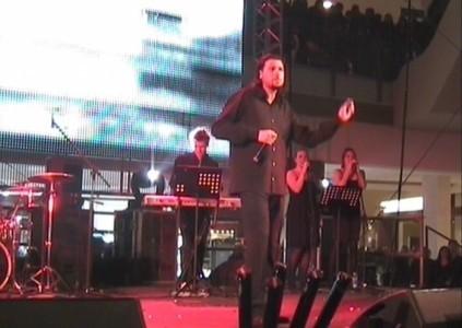 Simo - Male Singer