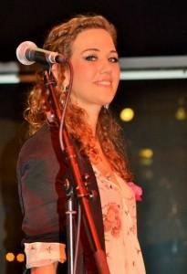 Hannah Cotterill - Female Singer