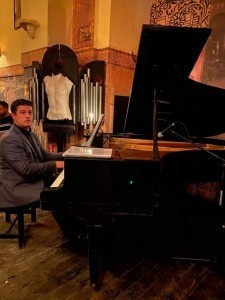 Luca Ovidiu Petru - Pianist / Keyboardist
