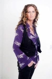 Karen Gilmore - Female Singer
