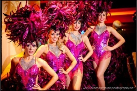 The Vegas Showgirls - Dance Act