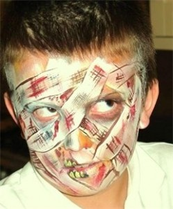 Askews Fuky Faces - Face Painter