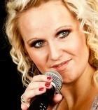 Kelly Jenns - Female Singer