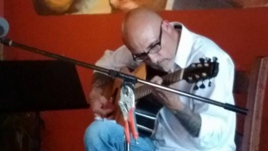John Tinger - Classical / Spanish Guitarist