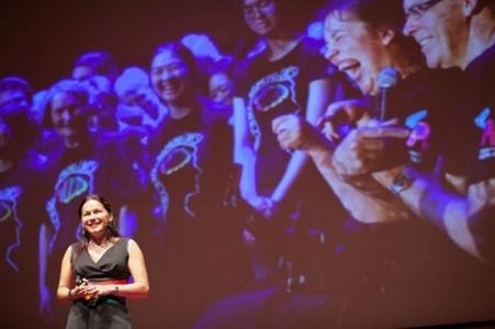 Tania de Jong  - Opera Singer