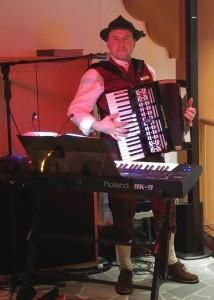 Entertainer Tony - Pianist / Keyboardist