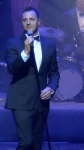 Andy Ellison - Male Singer