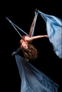 Morgana Alba - Aerialist / Acrobat