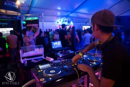 Melodrama - Nightclub DJ