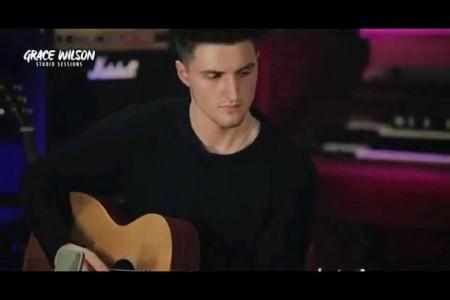 Jordan Welton - Electric Guitarist