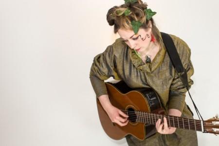 Kalika - Guitar Singer