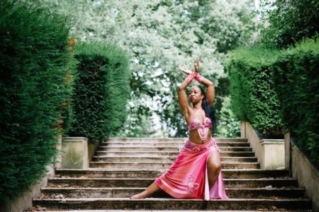 Zaynah Farah - Female Dancer