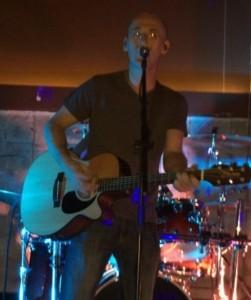 D - Guitar Singer