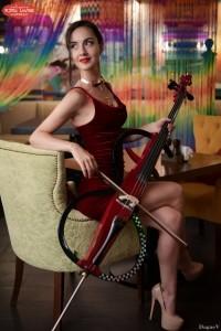Stina Cello - Cellist