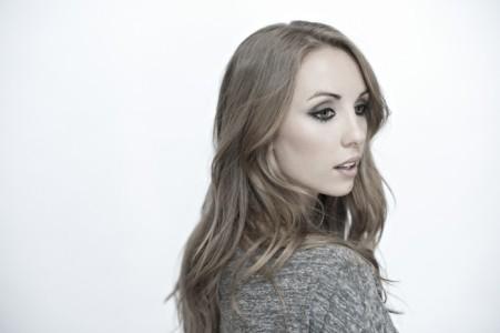 Liz Fohl - Pianist / Singer