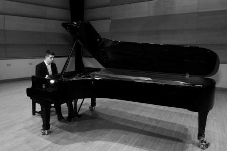 George Hoffman - Pianist / Keyboardist