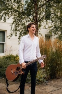 Dan Reynard - Male Singer