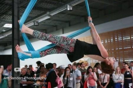 Kayla Thornton - Aerialist / Acrobat