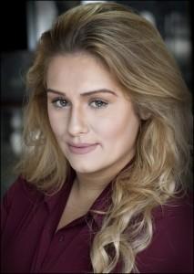 Lydia Ganett - Female Singer