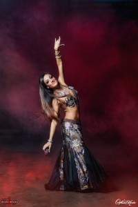 Hizi-Hizi Belly Dance - Belly Dancer