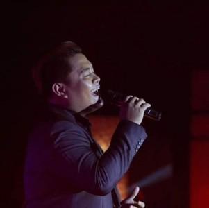 Jazz / Wedding Singer / Event Host - Wedding Singer