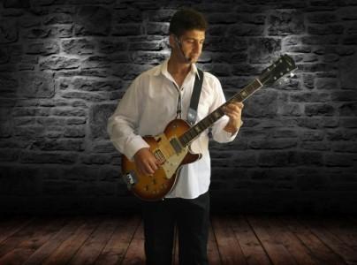 OSTOURA - Classical / Spanish Guitarist