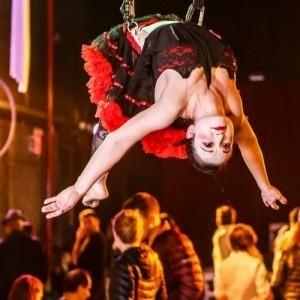Adair Moran - Aerialist / Acrobat