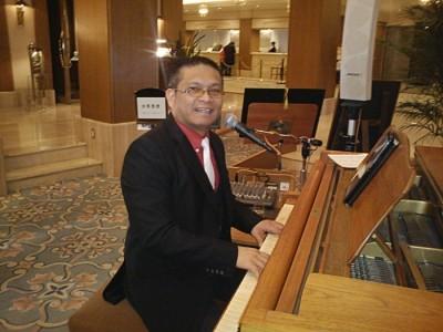 Lindy - Pianist / Singer