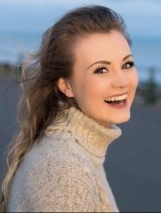 Mickaela Sands - Female Singer