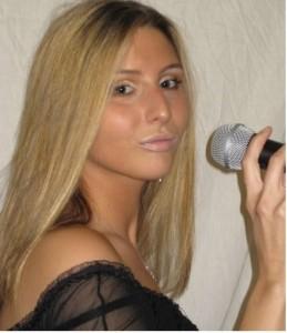 Gemma Dee - Female Singer