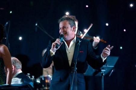 Andrew Monk  - Male Singer
