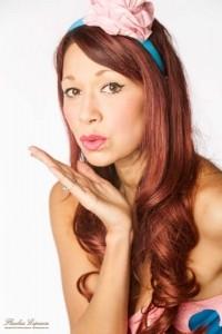 Nina Starsong - Female Singer