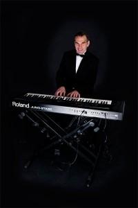 Johnny Fingers - Pianist / Keyboardist