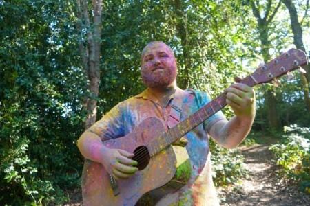 Greg Barnes  - Acoustic Guitarist / Vocalist