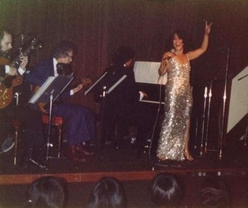 Amapola aka Amapola Cabase  - Jazz Singer